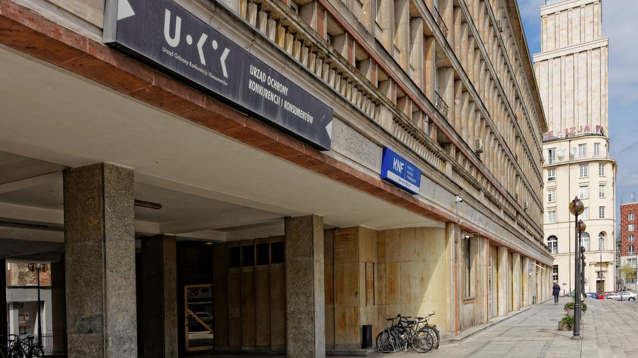 Rzecznik Praw Obywatelskich chce uchylenia zgody na zakup Polska Press przez Orlen. UOKiK odpowiada