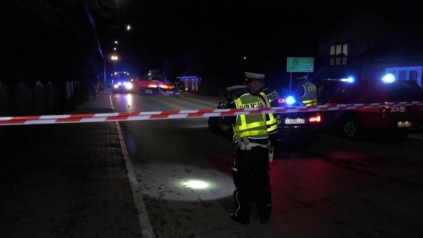 Wypadek w Daleszycach. Zginęła kobieta i dziecko. Zatrzymano trzech mężczyzn
