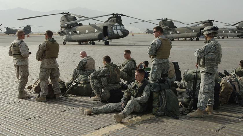 Polscy żołnierze wracają z Afganistanu