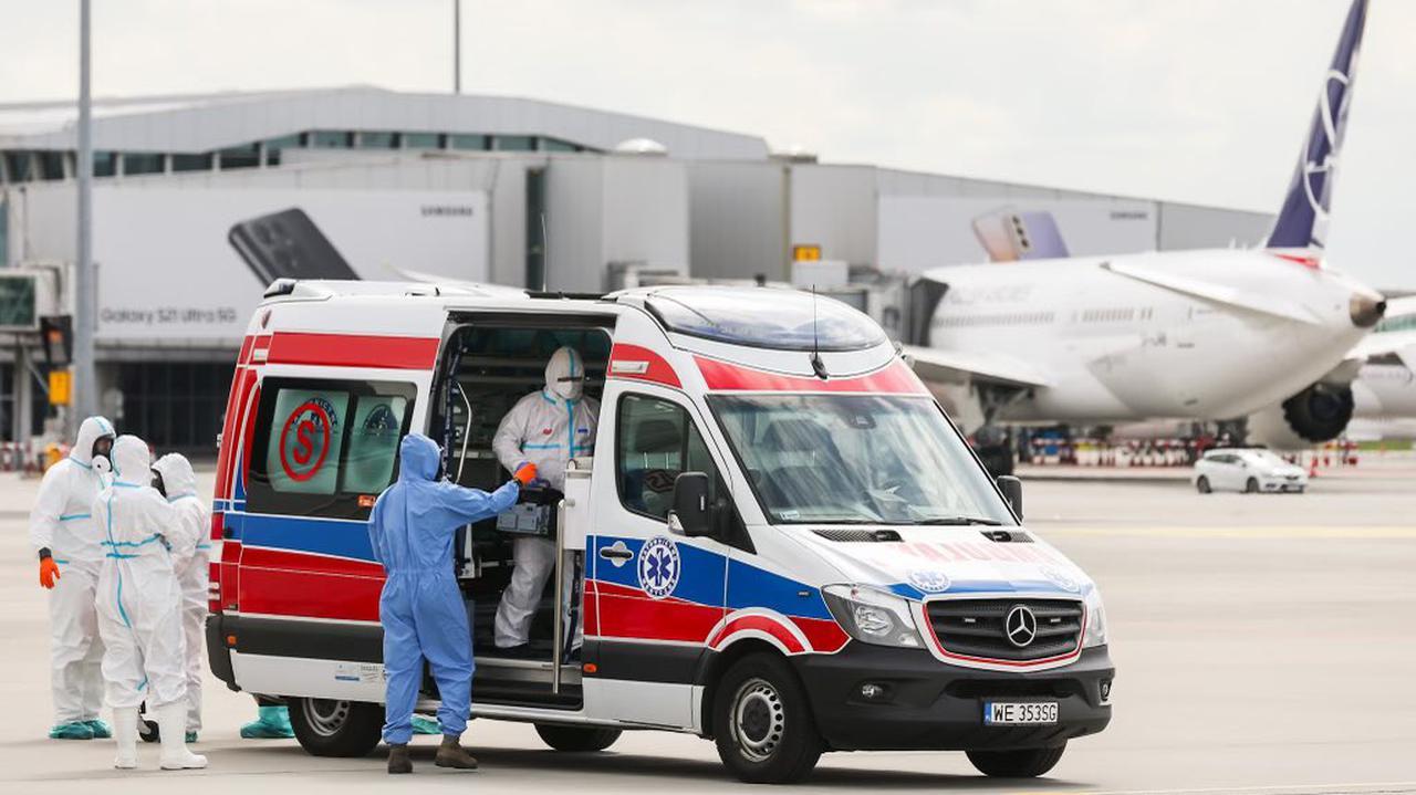 Kolejni chorzy na COVID-19 ewakuowani do Polski z Indii. Jednym z nich jest czeski dyplomata