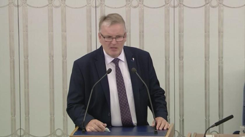 Senator Waldemar Bonkowski we wrześniu wzbudził kontrowersje swoimi wypowiedziami o uchodźcach