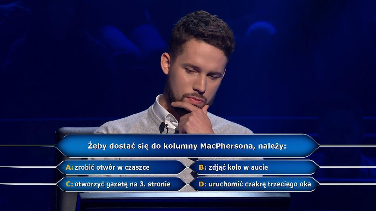 Kolumna MacPhersona w pytaniu z Milionerów za 75 tysięcy złotych - TVN24
