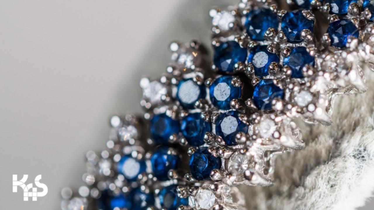 Brylantowa biżuteria barona paliwowego trafiła na licytację