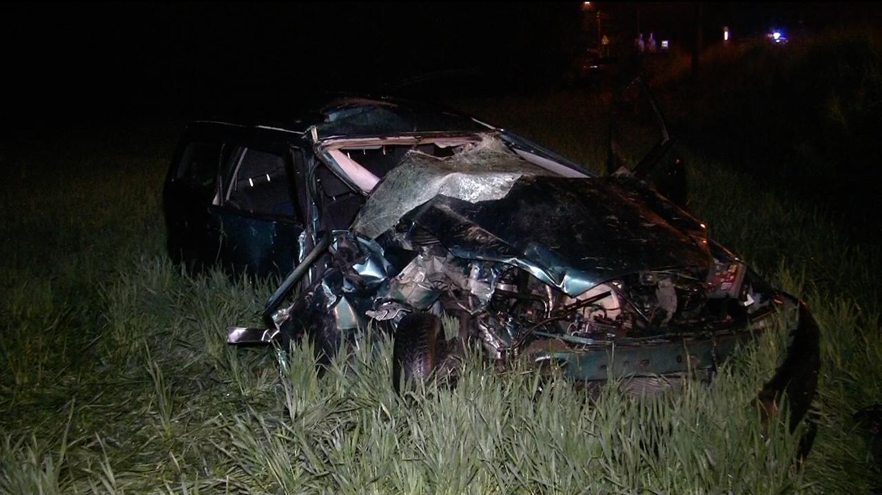 Jechał za szybko, staranował stojące auto. 21-latek odpowie za śmierć swojego pasażera