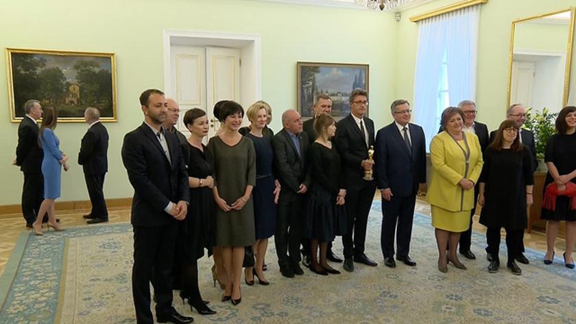"""Bronisław Komorowski spotkał się z twórcami """"Idy"""""""