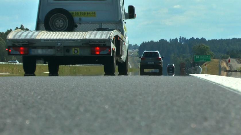 Testy cichego asfaltu koło Olsztyna