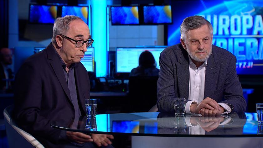 """Wyniki sondażowe komentowali goście specjalnego wydania """"Kropki nad i"""" w TVN24"""