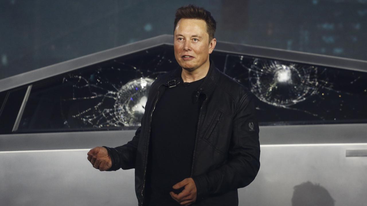 Musk zapowiada Teslę dla Kowalskiego. Inwestorzy nie uwierzyli