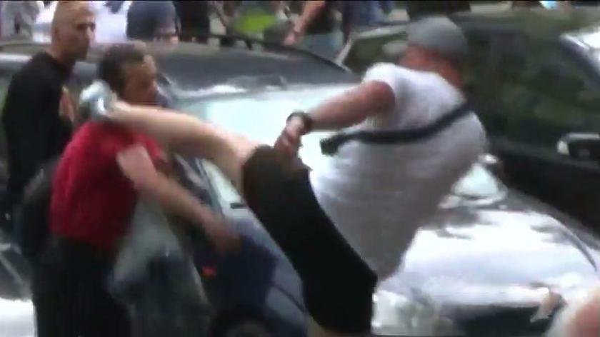 Policja poszukuje sprawcy, który podczas Marszu Równości złamał nastolatkowi obojczyk