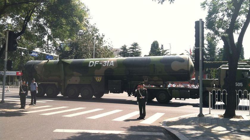 Chiny rozmieściły pociski balistyczne przy granicy z Rosją