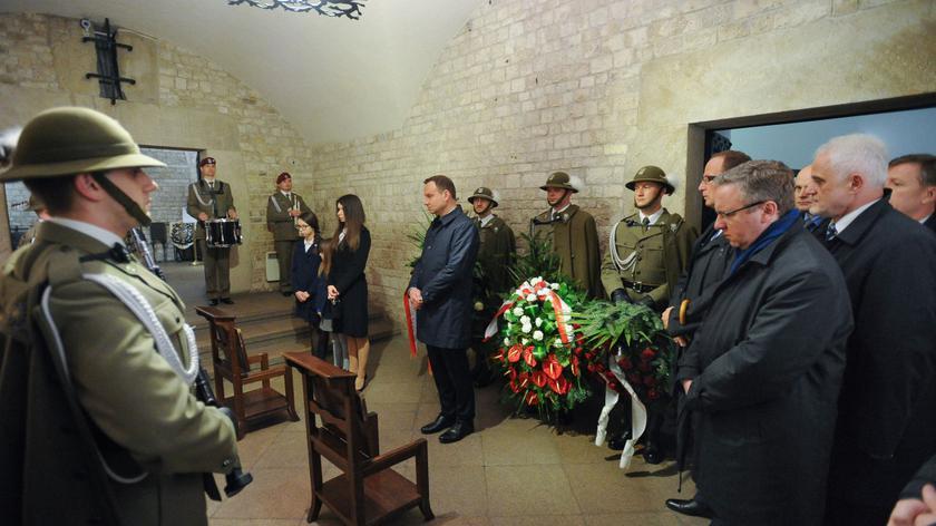 Andrzej Duda i Marta Kaczyńska odwiedzili grób pary prezydenckiej