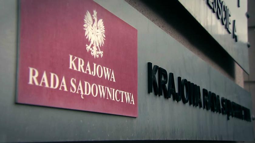 """17 kandydatem jest prezes Sądu Rejonowego w Olsztynie. Na nagraniu, kontrowersje związane z listą kandydatów do KRS (""""Fakty"""" TVN z 13.02.2018)"""