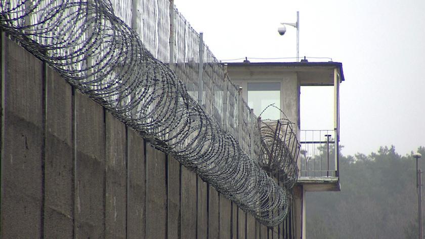 Więzień uciekł z miejsca pracy. Szuka go policja