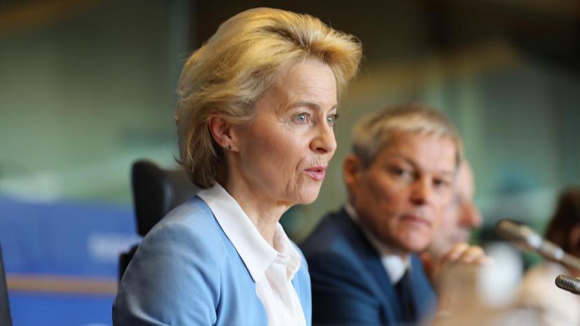 Parlament Europejski wybrał Ursulę von der Leyen na szefową Komisji Europejskiej