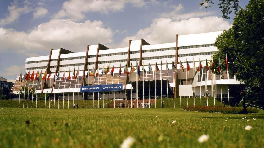 Rada Europy z pewnością zwróci uwagę na opinię Komisji Weneckiej