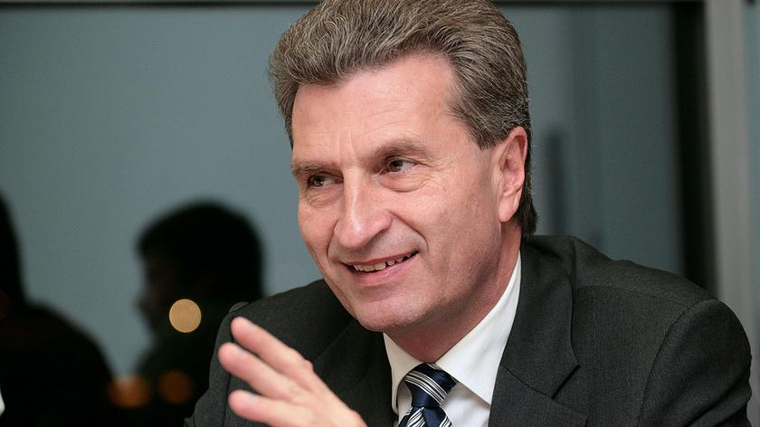 Günther Oettinger says he would push for a mechanism in the next EU multi-year budget that would make access to European funds conditional upon the rule-of-law