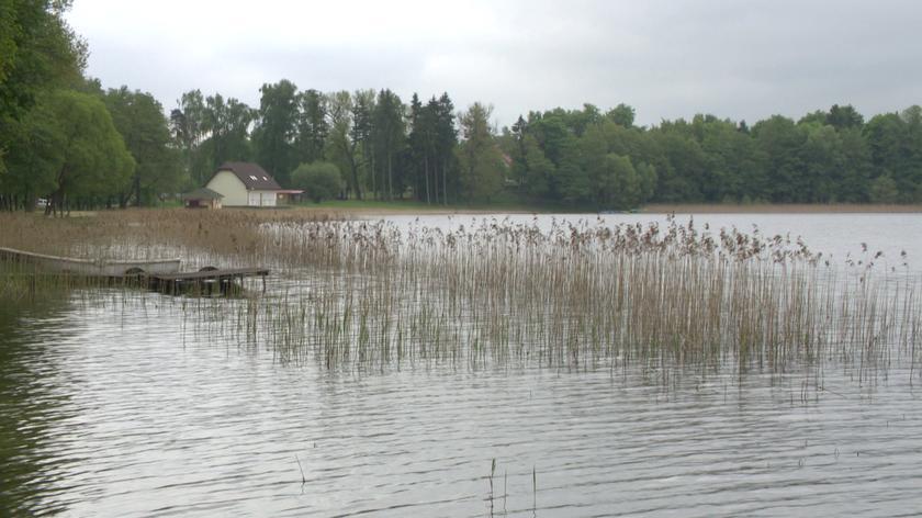 Policja sprawdza, jak doszło do tragedii nad jeziorem