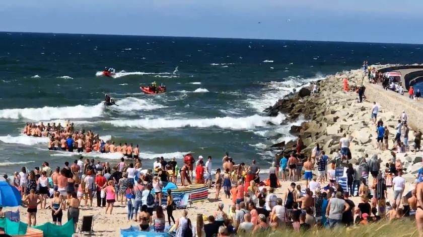 Poszukiwania nastolatków, którzy weszli do morza w Darłówku