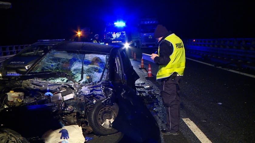Zderzyły się cztery samochody osobowe i ciężarówka