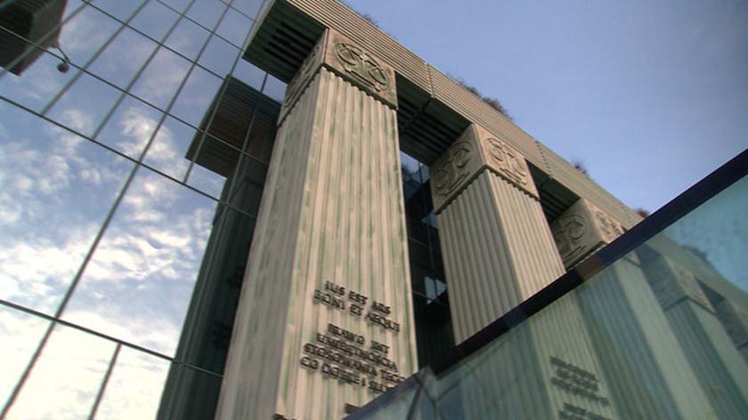 Sąd Najwyższy zawiesza stosowanie niektórych przepisów ustawy o SN