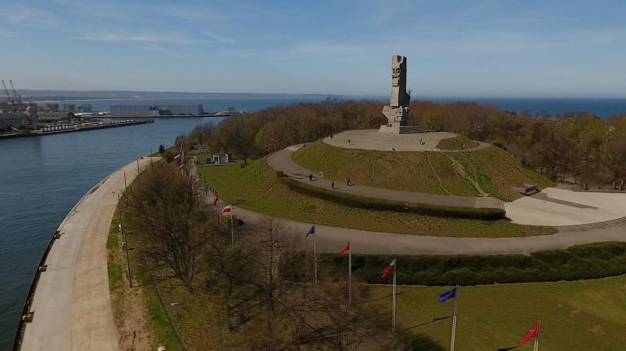 """Minister """"nie wyraża zgody"""", Muzeum II Wojny Światowej zmienia plan. Bez pokoi do wynajęcia na Westerplatte"""