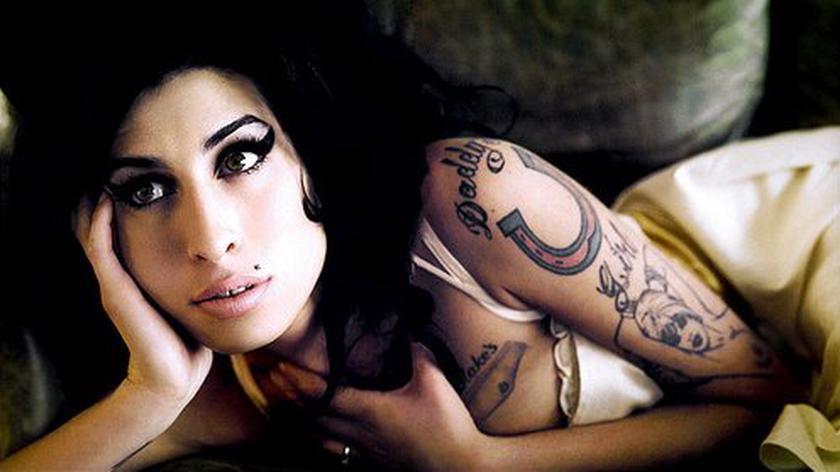 """Polski zwiastun filmu Asifa Kapadi """"Amy"""" dokumentu o Amy Winehouse"""
