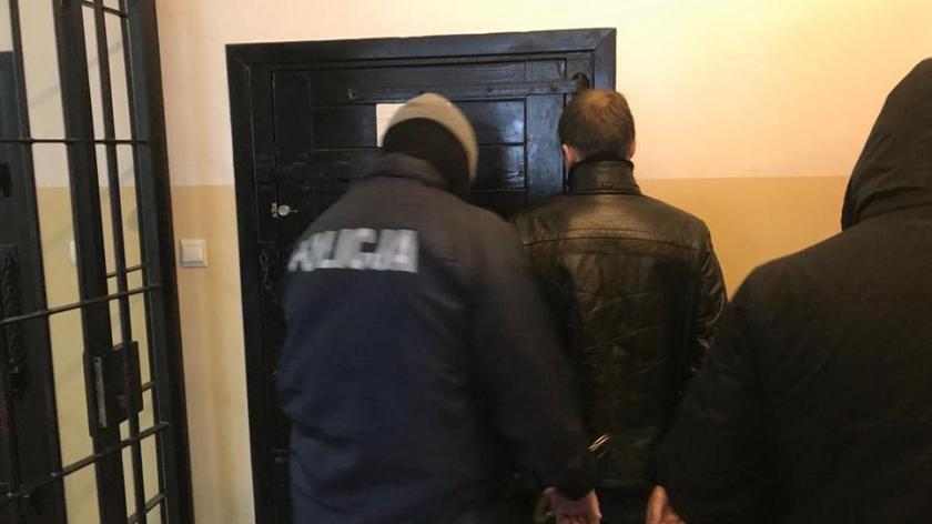Dwie osoby trafiły do aresztu
