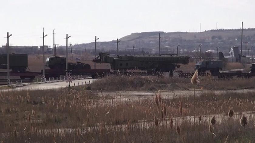 Część baterii rakiet S-300 sfilmowana przez TVN24
