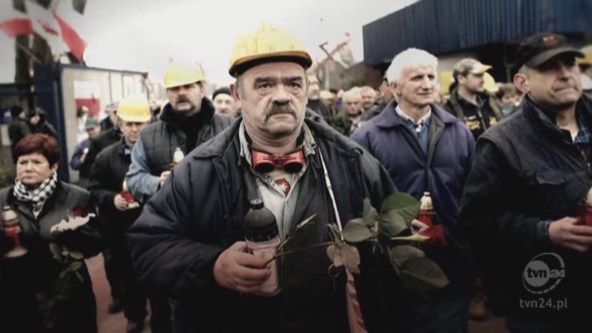Hołd ofiarom katastrofy smoleńskiej składała cała Polska