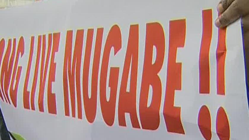 Mugabe - ciemiężyciel, czy wyzwoliciel?