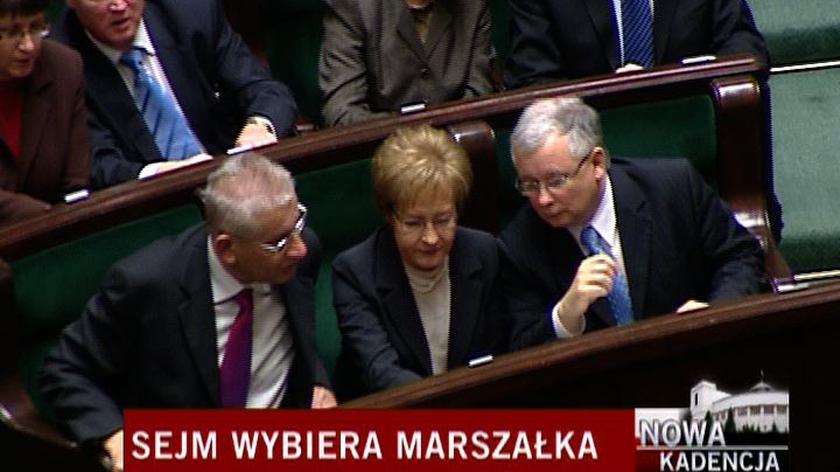 Nie tylko Elżbieta Jakubiak miała kłopoty z oddaniem głosu