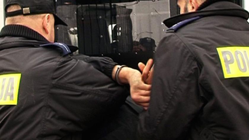O zatrzymaniach podejrzewanych mówi Maciej Karczyński, rzecznik Komendy Stołecznej Policji
