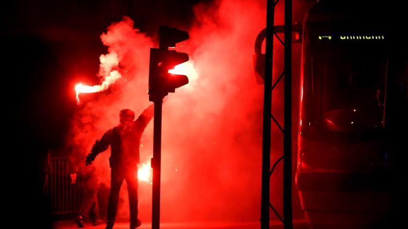 W poniedziałek w stolicy odbyły się trzy zgromadzenia publiczne i 11 imprez masowych