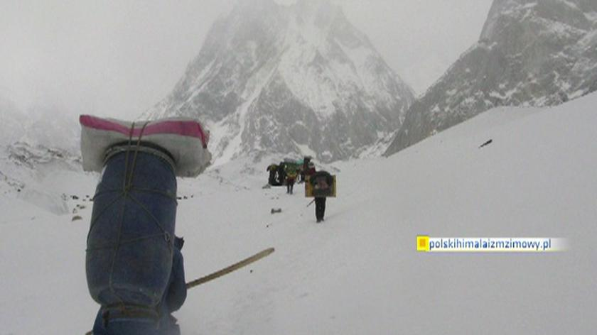 Polscy himalaiści w drodze na Broad Peak