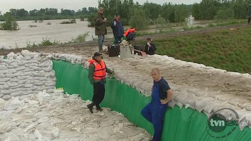 Sandomierz przygotowuje się na trzecią falę (TVN24)