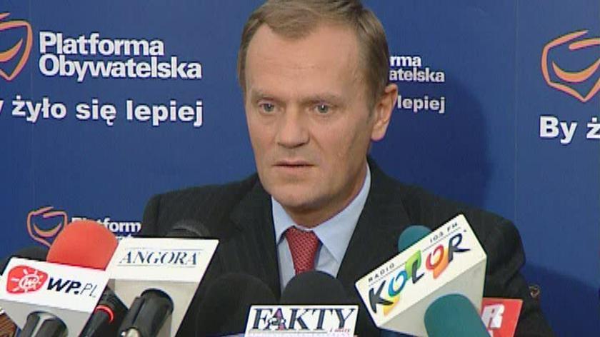 Tusk: nizbędny jest nowy rząd