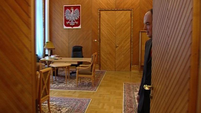 Wielkie pakowanie ministrów - gabinet już czeka na nowego premiera