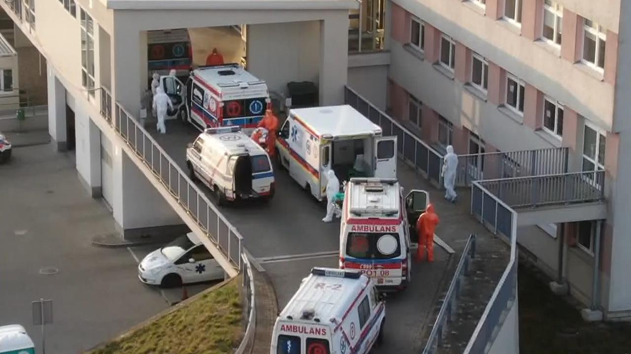 """<a href=""""https://tvn24.pl/pomorze/koronawirus-w-polsce-30-osob-w-szpitalu-we-wloclawku-zakazonych-trwa-ewakuacja-chorych-4690096?source=rss"""">Ewakuacja pacjentów szpitala we Włocławku. 30 osób zakażonych koronawirusem</a> thumbnail  Abp Skworc: Pandemia obnażyła braki w formacji dorosłych chrześcijan LANDSCAPE 1280"""