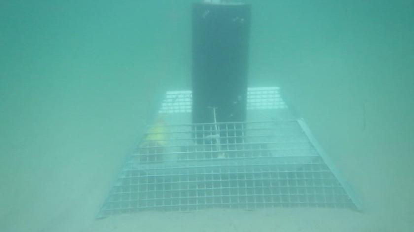 Hałas, który słychać pod wodą, gdy w pobliżu przepływa statek