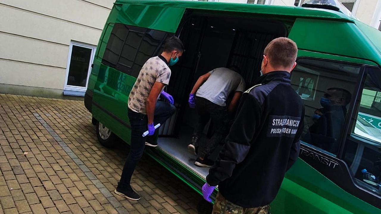 W Krośnie zatrzymano trzech nielegalnych imigrantów z Afganistanu. Myśleli, że są w Niemczech