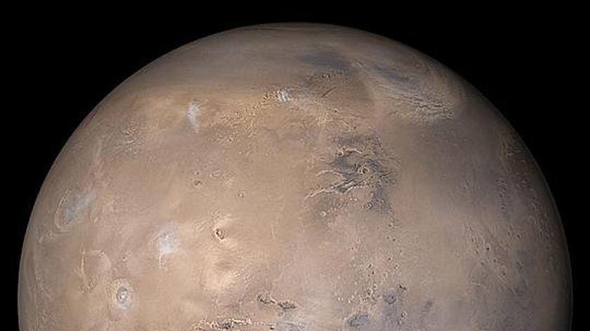 Zdjęcia powierzchni Marsa wykonane przez łazika Curiosity