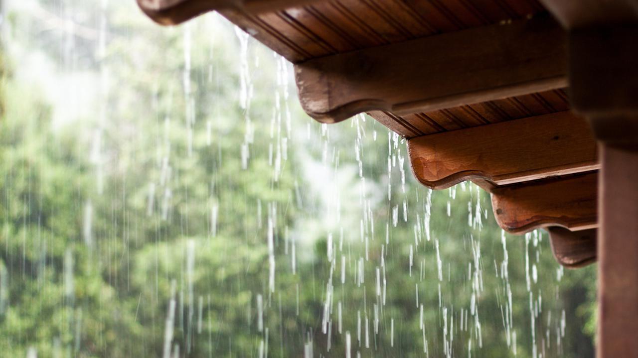 Prognoza zagrożeń IMGW. Intensywne opady deszczu, burze. Gdzie mogą zostać wydane alarmy