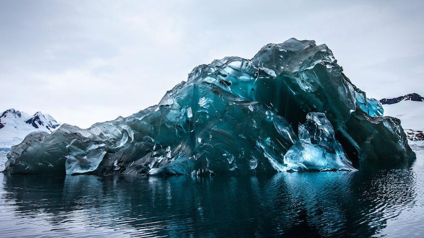 Piękno Antarktyki w obiektywie Alexa Cornella