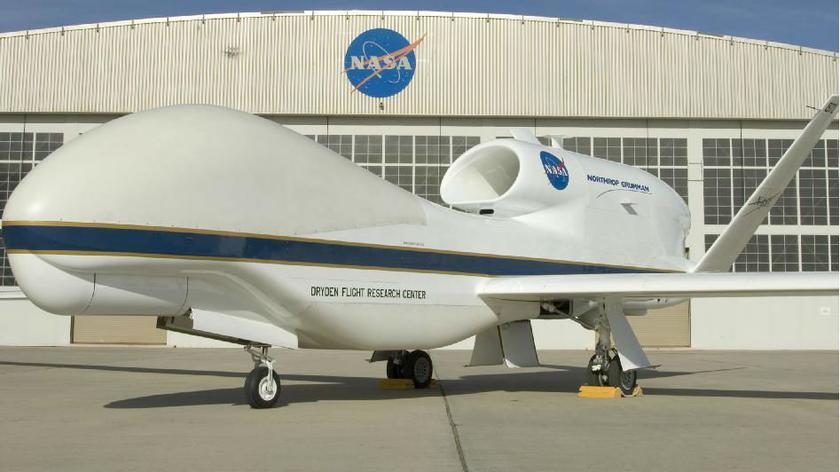 Global Hawk zbada burze (NASA)