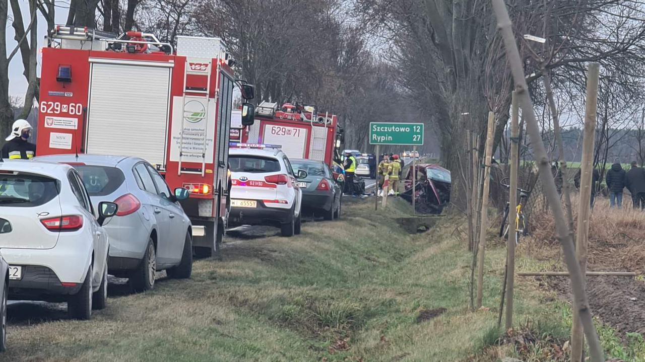 Tragiczne zderzenie koło Sierpca. Nie żyje rodzeństwo i kobieta z drugiego auta