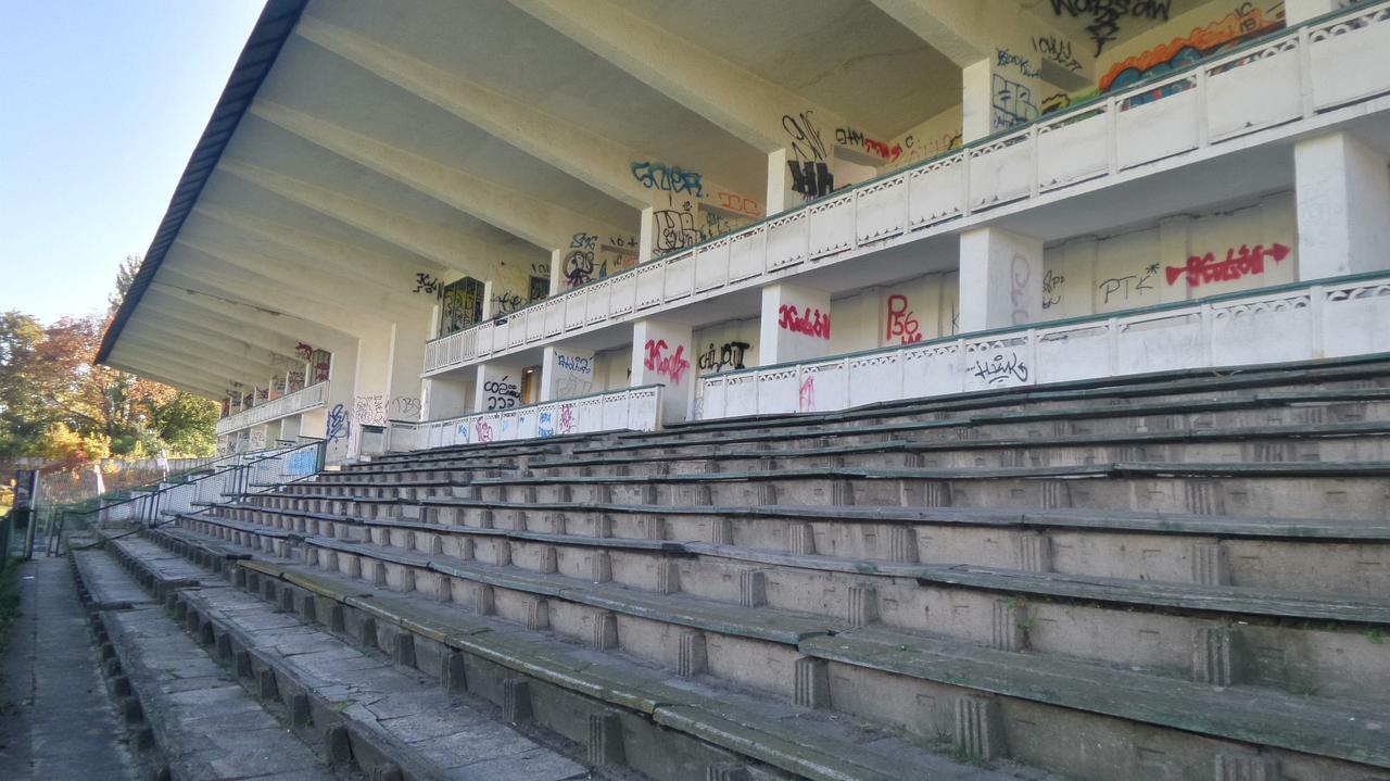Trzech chętnych na wykonanie koncepcji modernizacji stadionu Marymontu