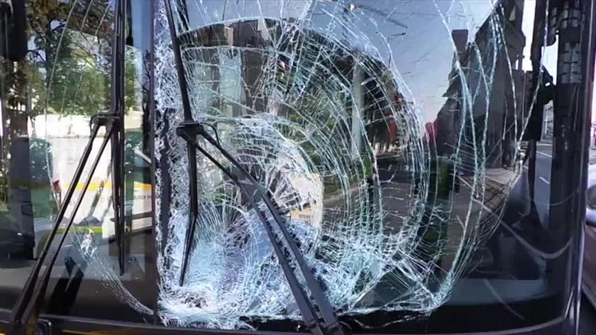 Kierujący hulajnogą zderzył się z autobusem