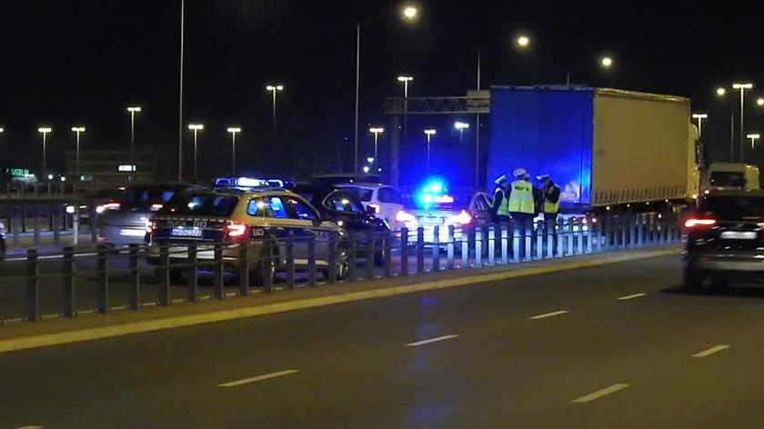 Obywatelskie zatrzymanie na moście Grota-Roweckiego