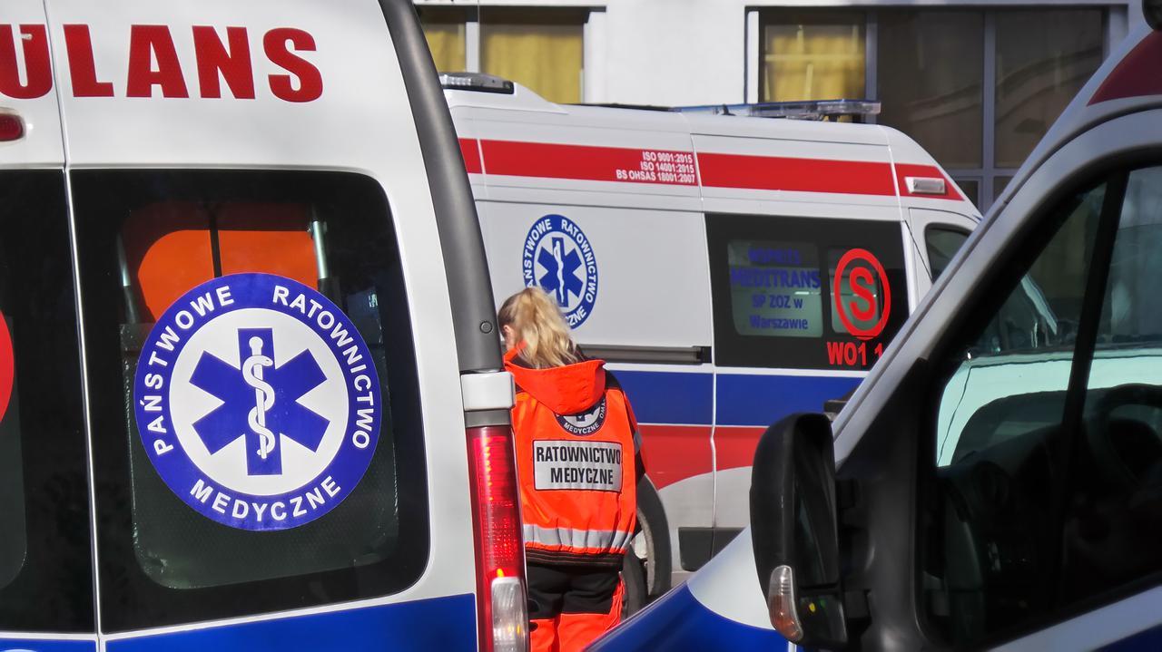 Ratownicy boją się skutków zmniejszenia załóg w karetkach.