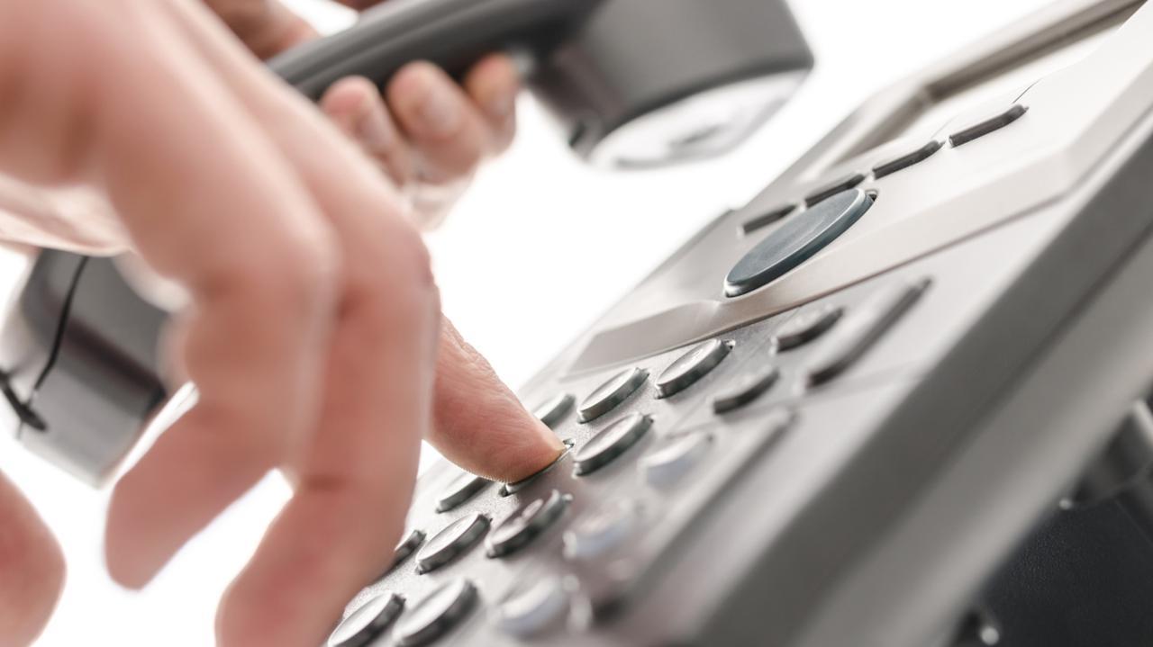 Oszuści podszywają się pod pracowników NFZ. Uwaga na takie telefony